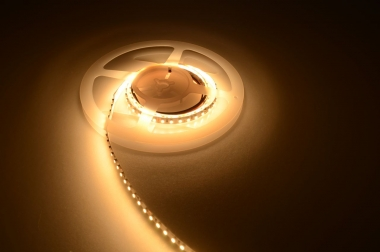 LED-Lichtband 600 Lumen 24V DC warmweiss 9,6W/m dimmbar DC-kompatibel