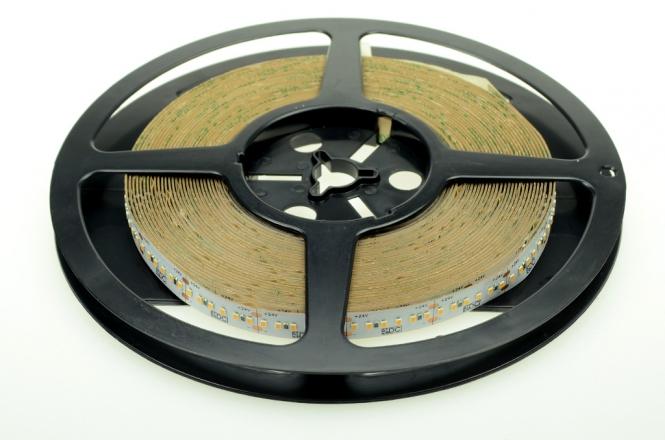 LED-Lichtband 1600 Lumen 24V DC kaltweiss 19,2W/m dimmbar, CRI>90, lineares Licht DC-kompatibel